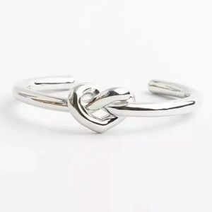 KATE SPADE LOVES ME KNOT CUFF Silver Bracelet-NEW!